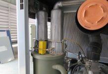 Thay thế lọc tách dầu máy nén khí Kobelco